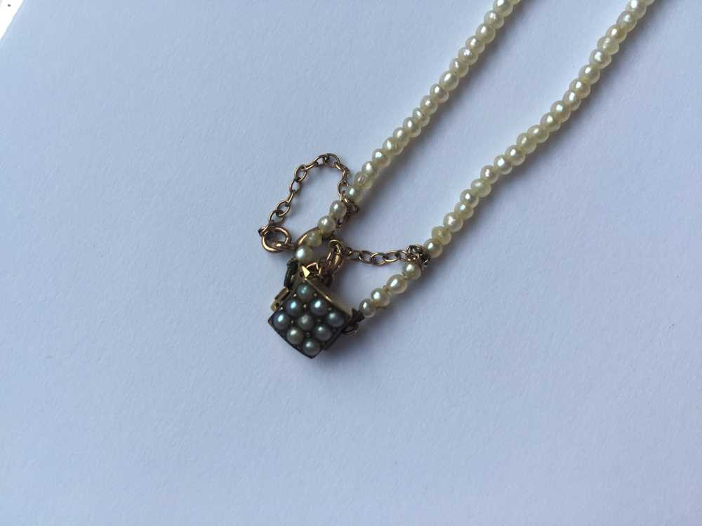 A natural saltwater pearl necklace - Image 12 of 13