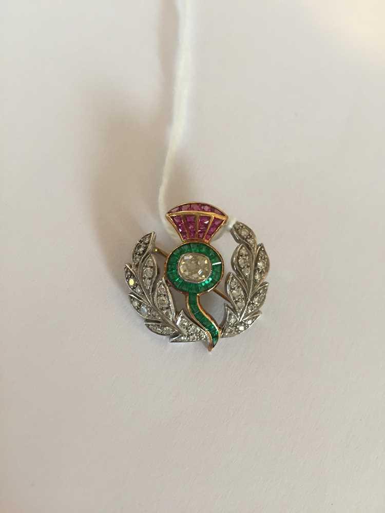 A multi-gem thistle brooch - Image 4 of 4