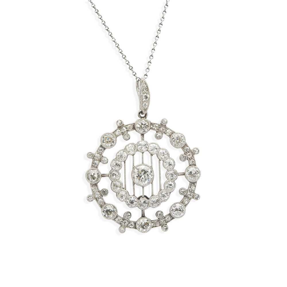 A Belle Époque diamond pendant necklace
