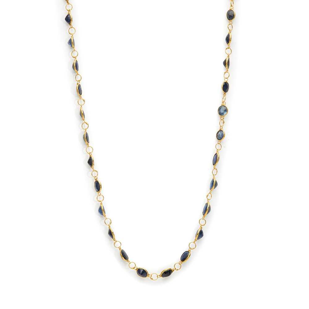 A sapphire necklace