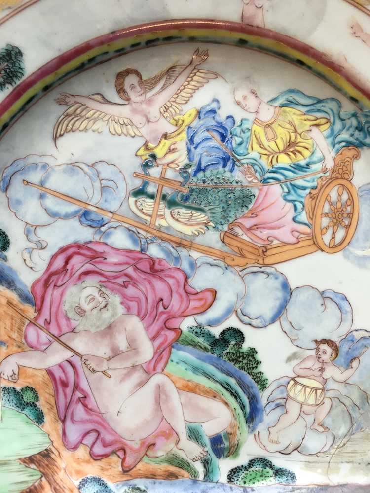 (A PRIVATE ENGLISH COLLECTION, LOT 117-125) FAMILLE ROSE EXPORT 'EUROPEAN SUBJECT' DISH QING DYNASTY - Image 3 of 25