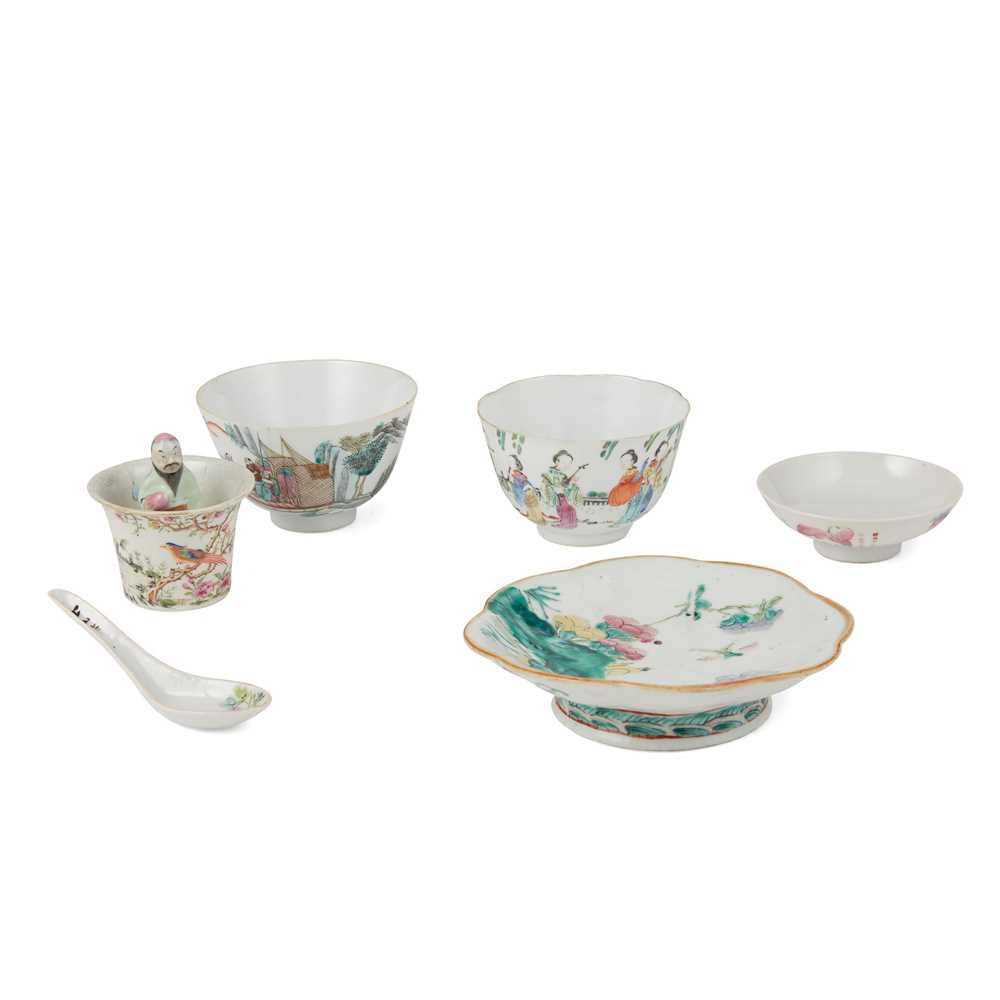 GROUP OF SIX FAMILLE ROSE WARES 19TH-20TH CENTURY