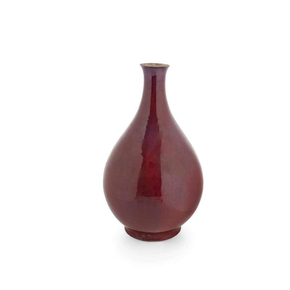 (A PRIVATE ENGLISH COLLECTION, LOT 117-125) FLAMBÉ-GLAZED VASE QING DYNASTY, 19TH CENTURY