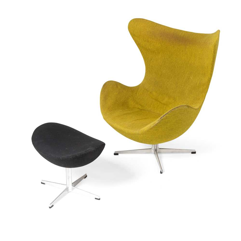 Arne Jacobsen (Danish 1902-1971) Egg Chair and Ottoman