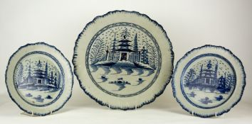 A PAIR OF 18TH CENTURY COBALT BLUE DECORATED PEARLWARE PLATES centrally decorated with a temple