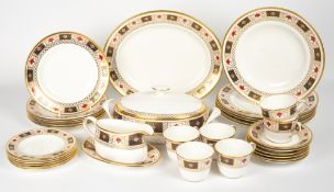 A SIX SETTING ROYAL CROWN DERBY DERBY BORDER PATTERN PORCELAIN DINNER SERVICE consisting of a