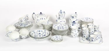 A ROYAL COPENHAGEN BLUE AND WHITE PORCELAIN TEA AND COFFEE SERVICE At present, there is no condition