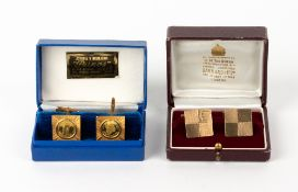 A PAIR OF 9 CARAT GOLD CUFFLINKS of square form, with makers mark LW, each 2cm squared x 2cm deep
