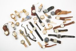 THIRTY TWO MID 20TH CENTURY AND LATER WRISTWATCHES to include a 1950's or 60's Jovial 21 jewel, a