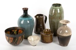 A MIXED COLLECTION OF STUDIO POTTERY to include an Ara Cardew jar and cover, 11cm diameter x 11cm