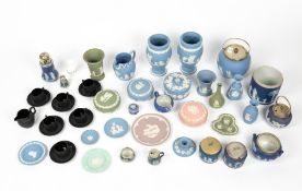 A COLLECTION OF WEDGWOOD JASPERWARE to include a pair of vases each 20cm in height, a pink