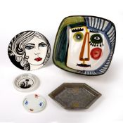 Collection of ceramics to include: Alice Lenkiewicz 'Myra' painted plate, dated 2011, 19cm across,