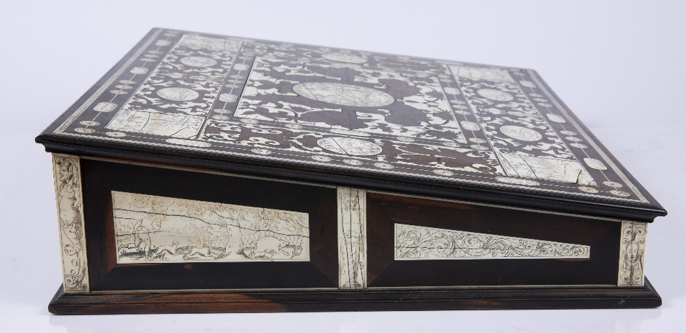 AN 18TH CENTURY ITALIAN ROSEWOOD AND IVORY WRITING SLOPE the top, front, sides and back with - Image 5 of 7