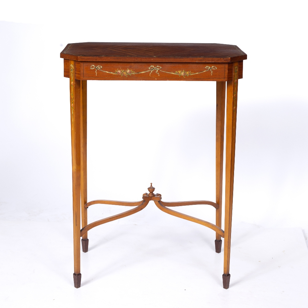 AN EDWARDIAN SATINWOOD OCCASIONAL TABLE, the rectangular top with canted corners and crossbanded - Image 3 of 8