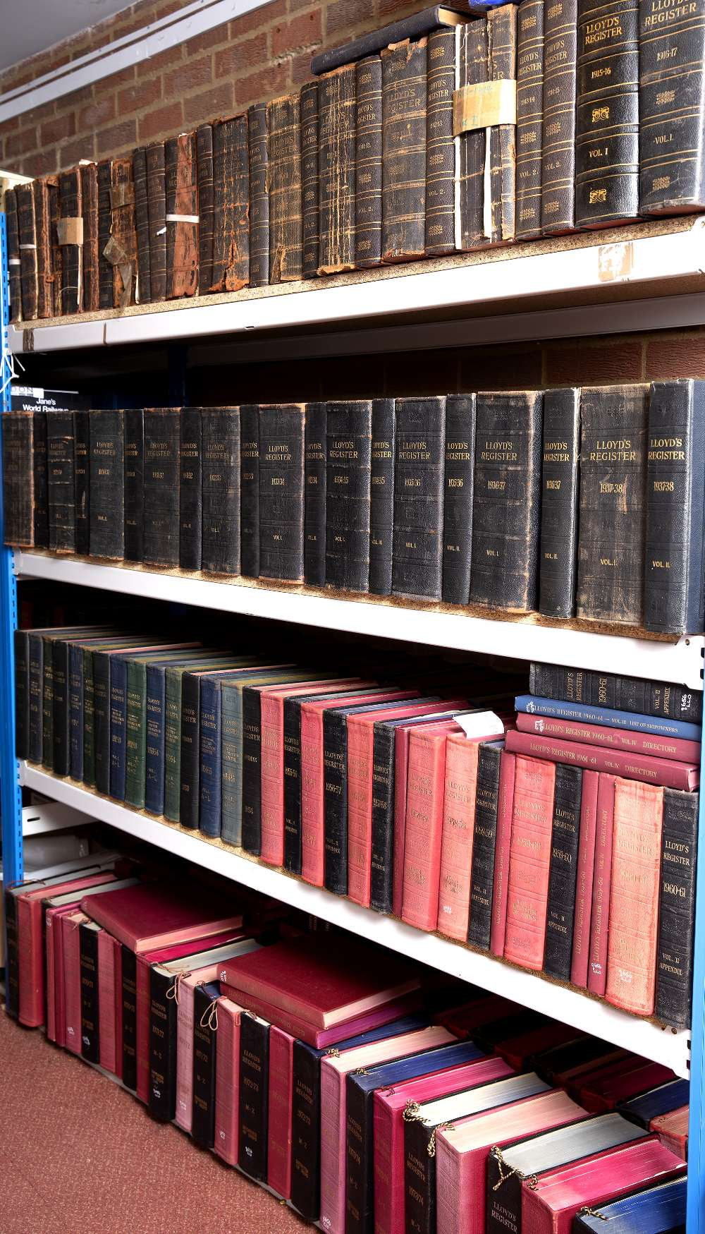 LLOYDS REGISTER OF SHIPPING: 1844-1985. With omissions. Variously bound and in mixed used condition. - Image 3 of 4