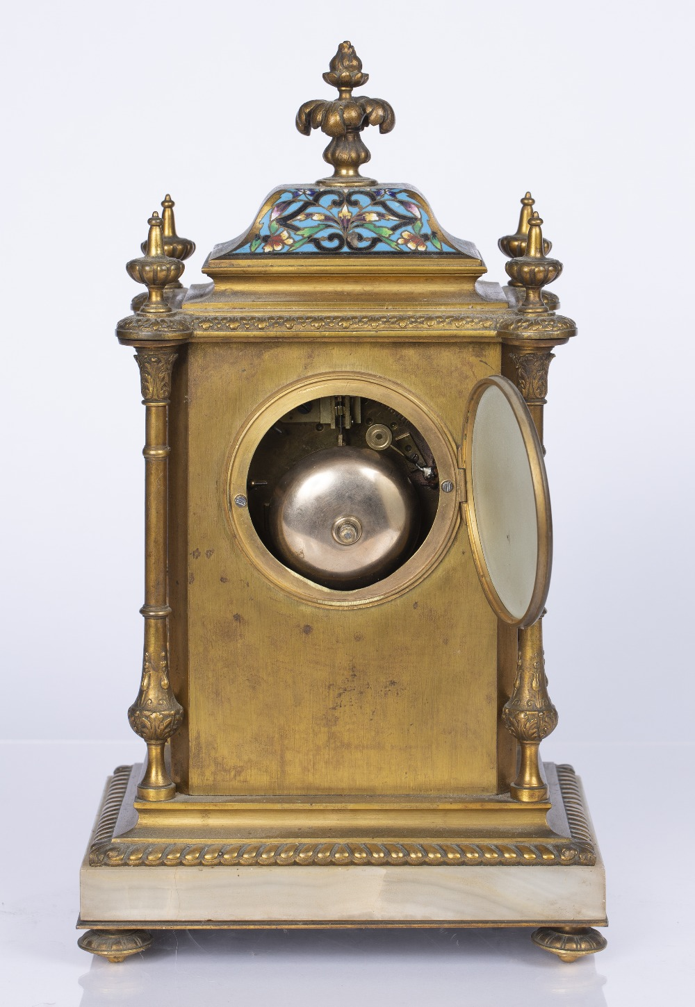 A VICTORIAN GILT BRASS AND POLYCHROME CLOISONNE ENAMEL MANTEL CLOCK the pale agate dial with gilt - Image 4 of 4