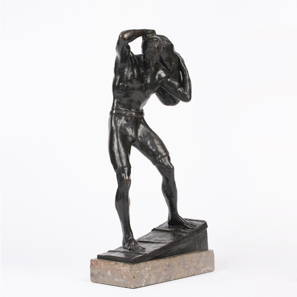 AN EARLY 20TH CENTURY AUSTRIAN SCHOOL BRONZE FIGURE, hauling a sack above his head, circa 1910 - Image 3 of 4