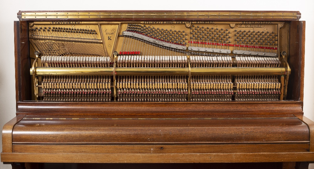 A STEINWAY & SONS ROSEWOOD UPRIGHT VERTEGRAND MODEL K PIANO, Serial no. 271709, (c.1931)155cm - Image 3 of 4