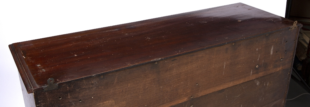 A GEORGE III MAHOGANY LIBRARY CHEST of narrow form, the moulded top above ten short and one long - Image 4 of 5