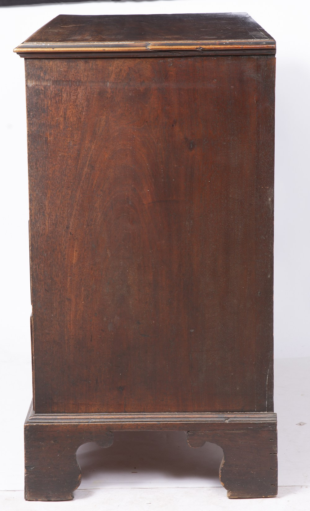 A GEORGE III MAHOGANY CHEST, the top with a moulded edge above four graduated long drawers, ogee - Image 5 of 6