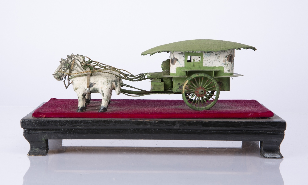 "A CHINESE MINIATURE PAINTED WOOD AND METAL FOUR HORSEDRAWN CARRIAGE mounted on a stand, 8"" long - Image 3 of 4"