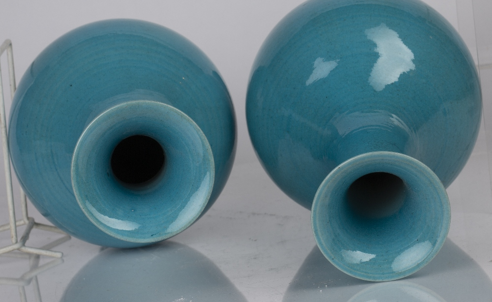 Pair of turquoise vases Chinese with a lobed design to the neck of the vases, 30.5cm high (2) - Image 3 of 4