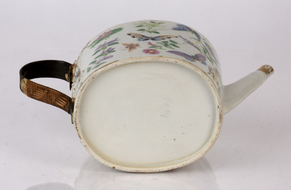 Famille rose teapot and cover Chinese, 19th Century decorated to the exterior with colourful - Image 4 of 4