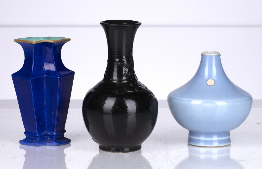 Three monochrome vases Chinese comprising of a squat blue globular vase with six character Yongzheng - Image 2 of 3