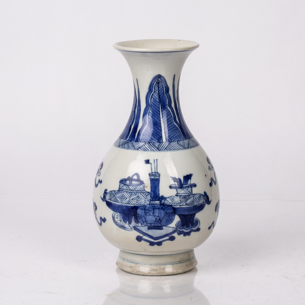 Blue and white pear shaped bottle vase Chinese, Kangxi period (1662-1722) decorated to the body with