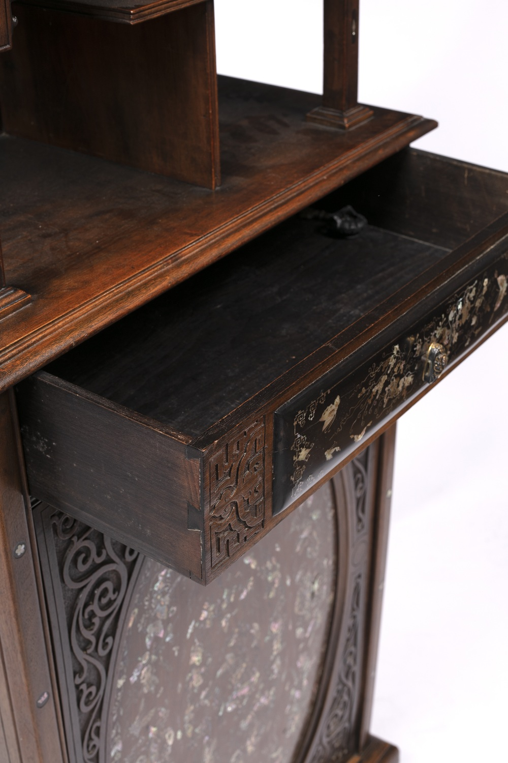 Inlaid hardwood cabinet Chinese, 19th Century with raised back inlaid with mother of pearl and - Image 3 of 5
