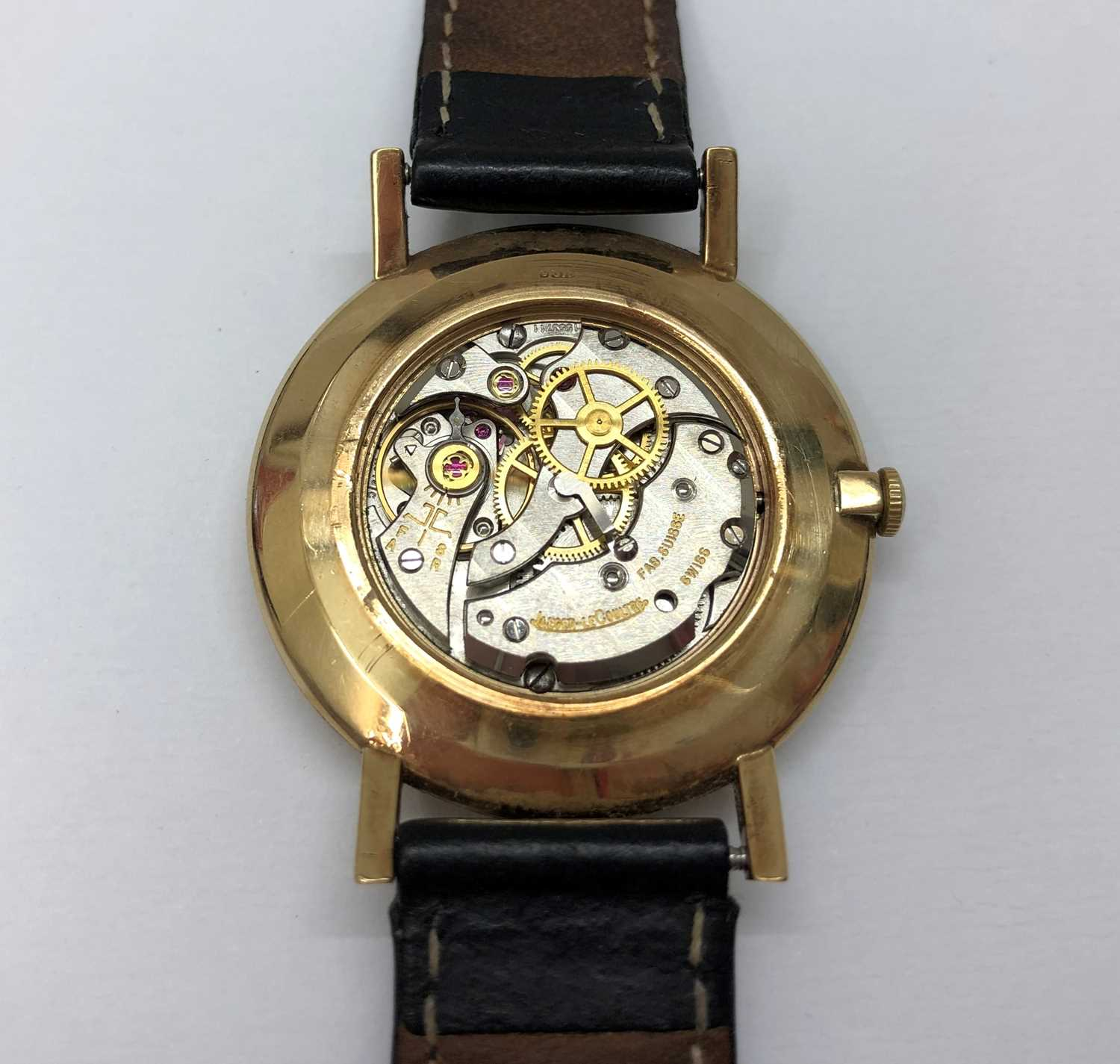 A gentleman's 9ct gold wristwatch by Jaeger-LeCoultre, the circular silvered dial with gilt baton - Image 5 of 5