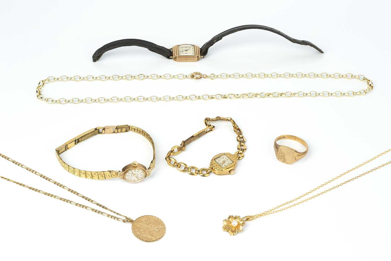 A collection of jewellery, comprising a 9ct gold St Christopher pendant on chain, a 9ct gold and