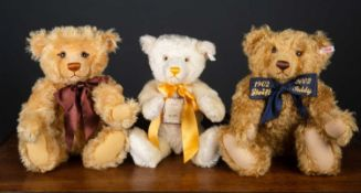 Three various Steiff teddy bears, two relating to the year 2000, consisting of a blonde 43 and a