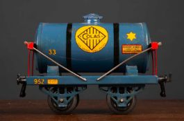 A Hornby series O gauge Colas Bitumen waggon 14.5cm longCondition report: with some minor scratches,