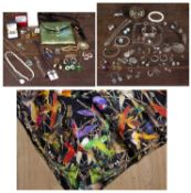 A collection of jewellery and costume jewellery to include some silver pieces, brooches etcCondition