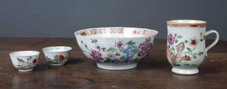 An 18th century Chinese famille rose porcelain bowl 20.5cm diameter x 9cm high together with an 18th