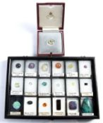 Collection of unmounted stones and gemstones all set loose in a tray, eighteen in total (untested)