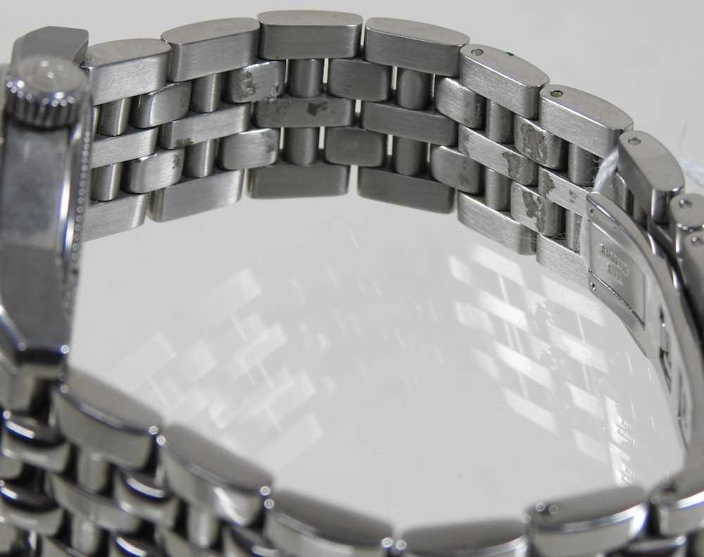 A modern Gevril steel cased chronograph wristwatch - Image 7 of 12