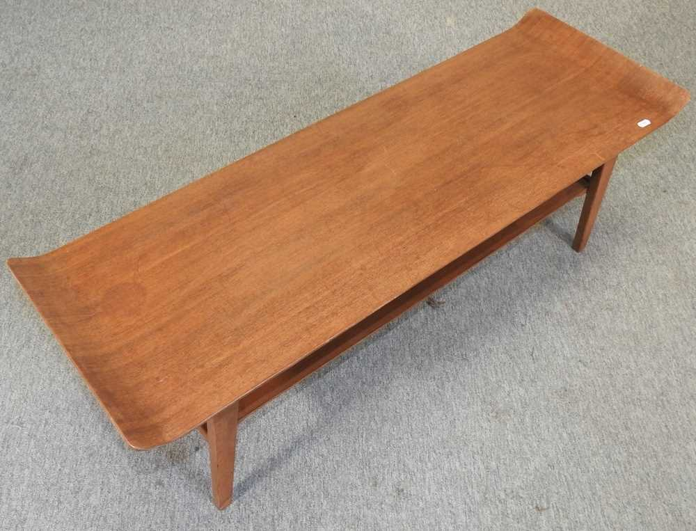 A 1970's teak coffee table - Image 4 of 5