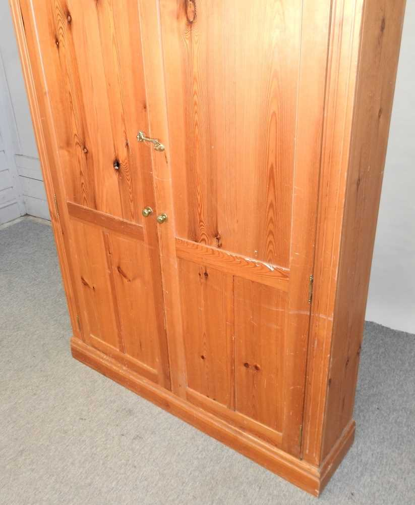 A mid 20th century pine cabinet - Image 5 of 9