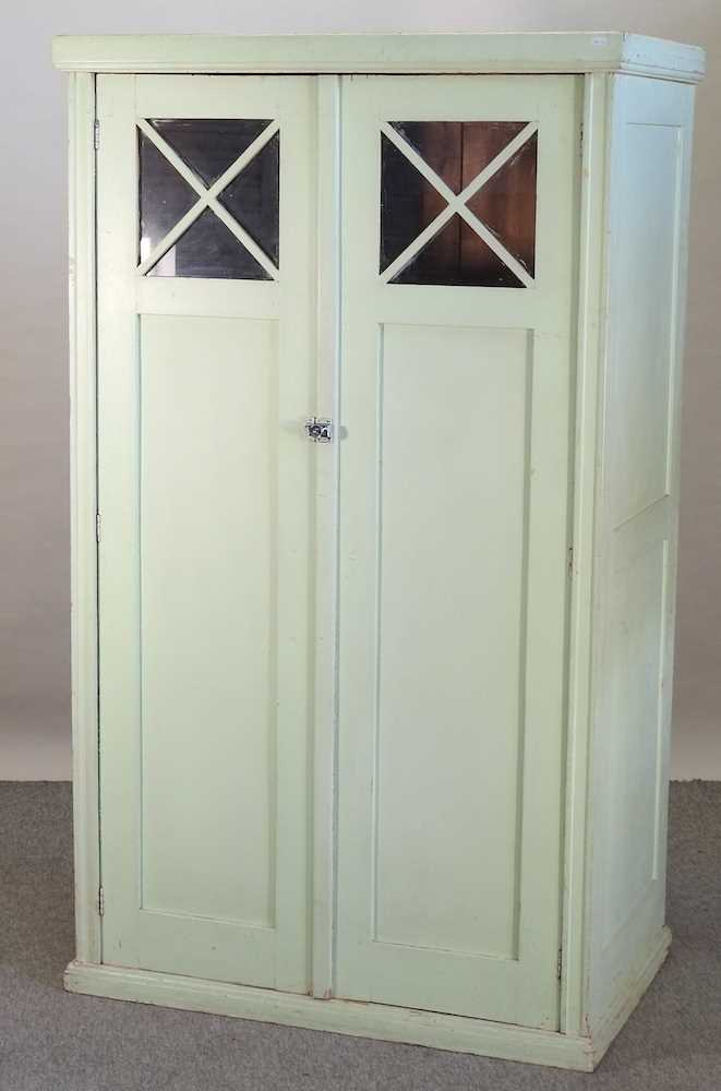 An early 20th century green painted French armoire - Image 3 of 8