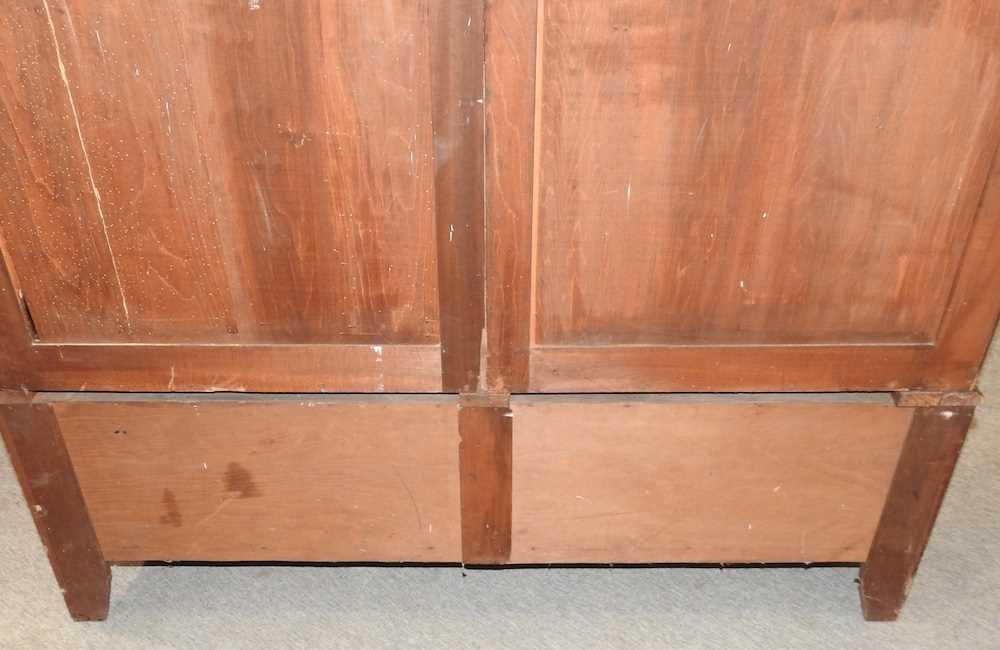 An Edwardian mahogany wardrobe - Image 9 of 9