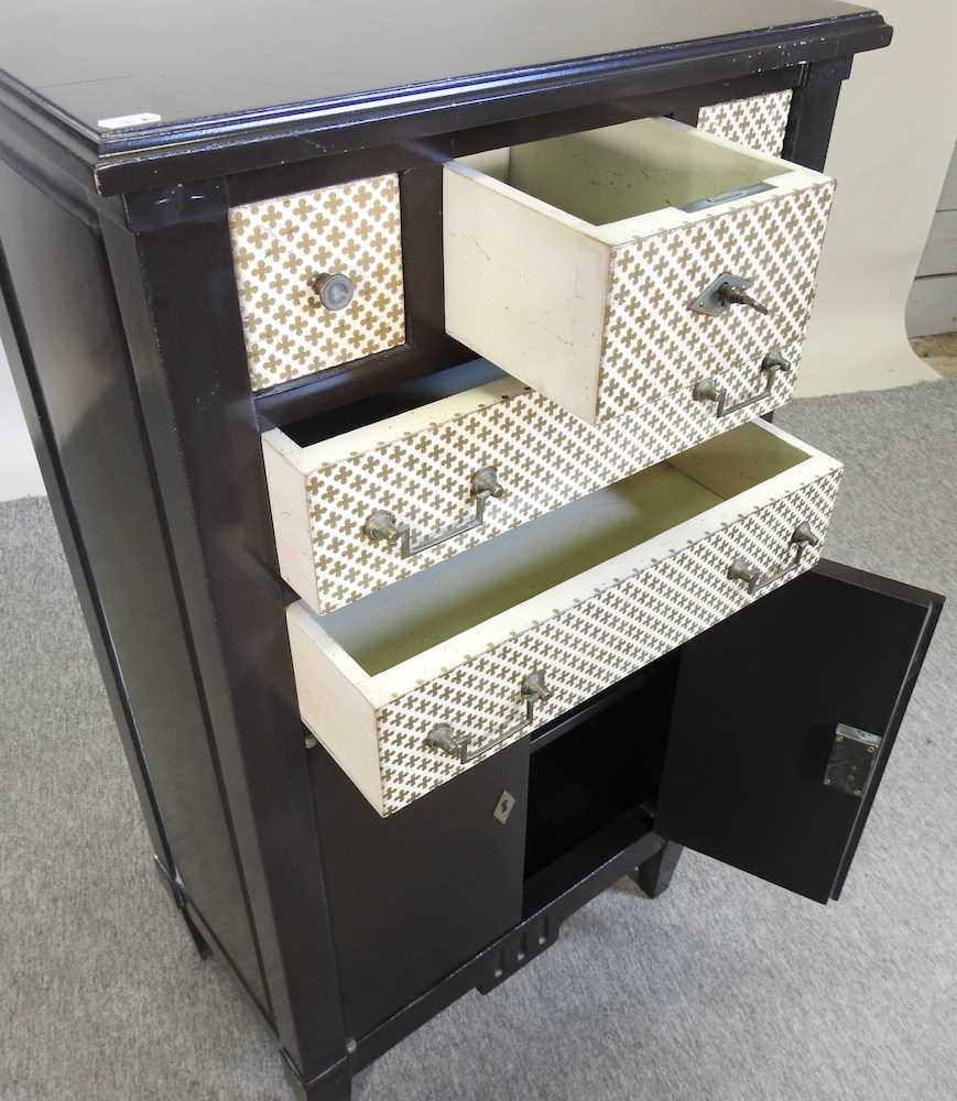 A modern black and white narrow cabinet - Image 2 of 6