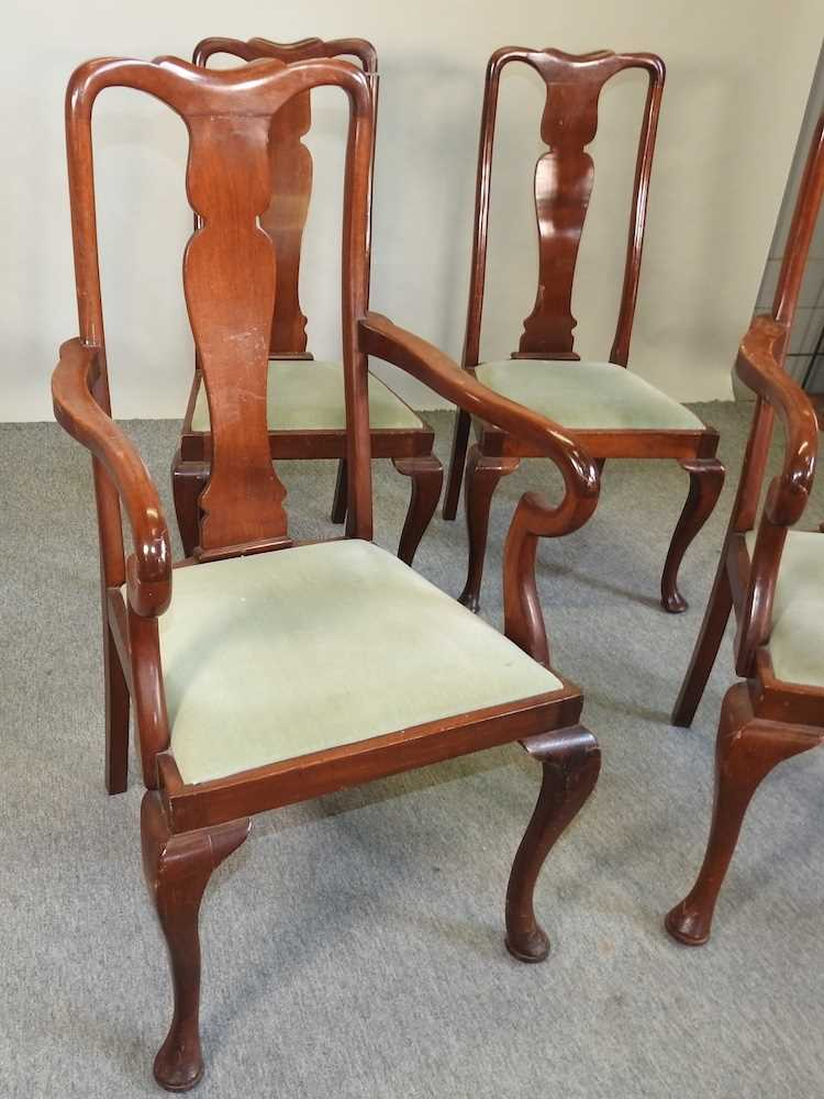 A set of four early 20th century Queen Anne style dining chairs - Image 5 of 9