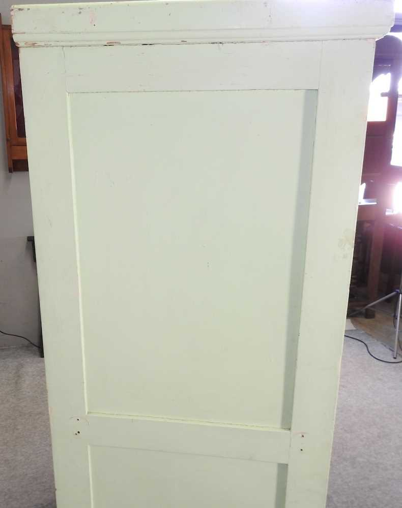 An early 20th century green painted French armoire - Image 7 of 8