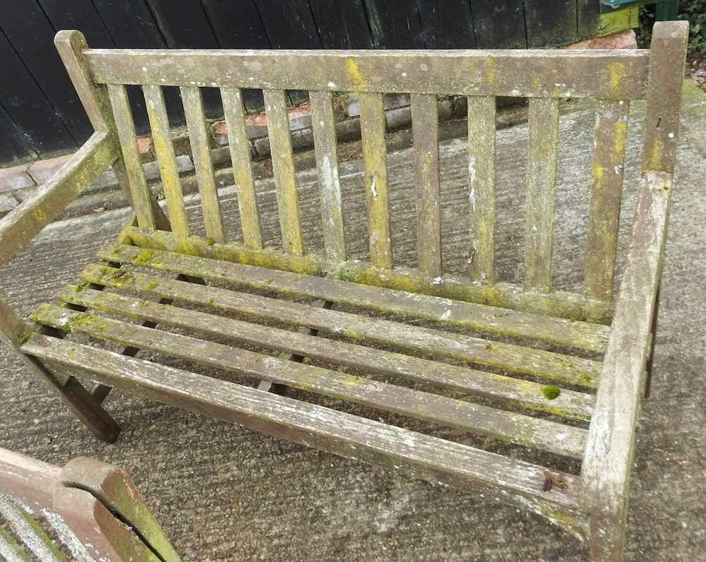 A teak slatted garden bench - Image 2 of 5