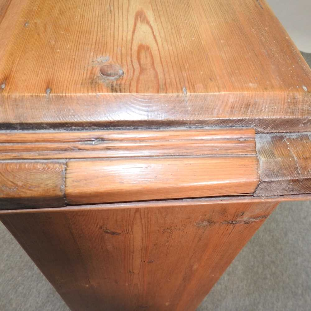 An antique wash stand - Image 6 of 11