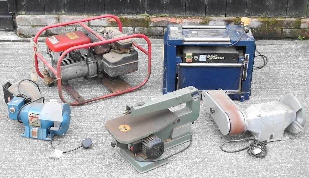 A petrol generator - Image 2 of 2