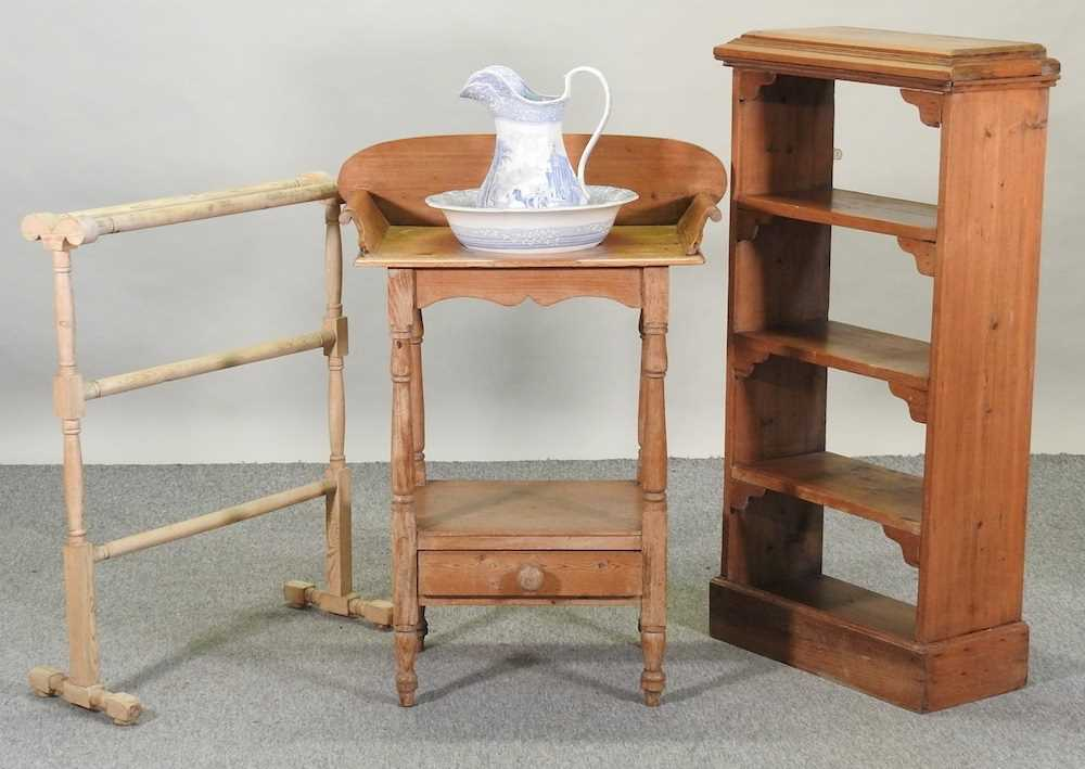 An antique wash stand - Image 8 of 11
