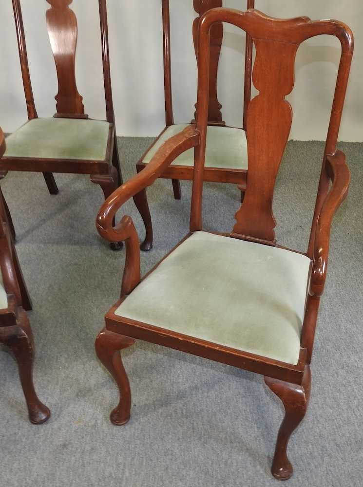 A set of four early 20th century Queen Anne style dining chairs - Image 6 of 9